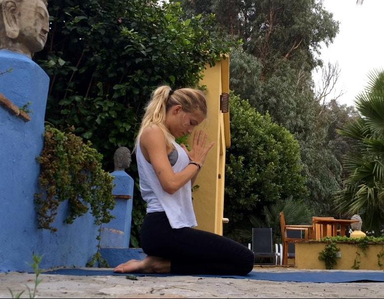 Meditation 2mares namaste
