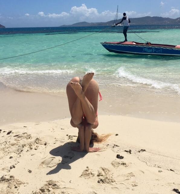yoga y kitesurf variante de tripode