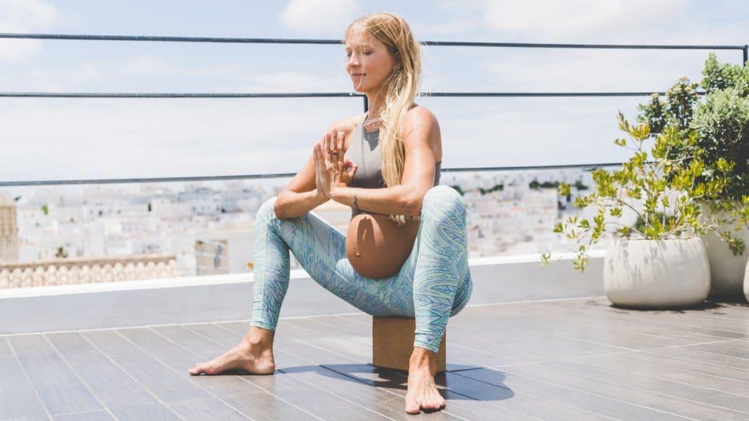 yoga asanas embarazo