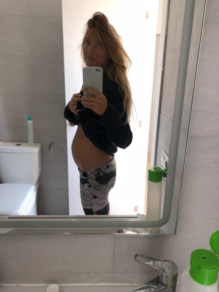 barriga hinchada primeras semanas embarazo