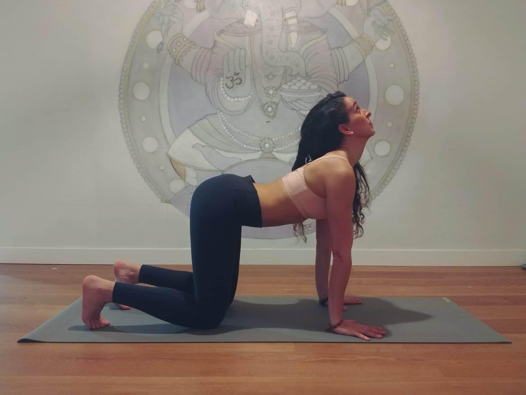 yoga dolor lumbares postura bitilasana