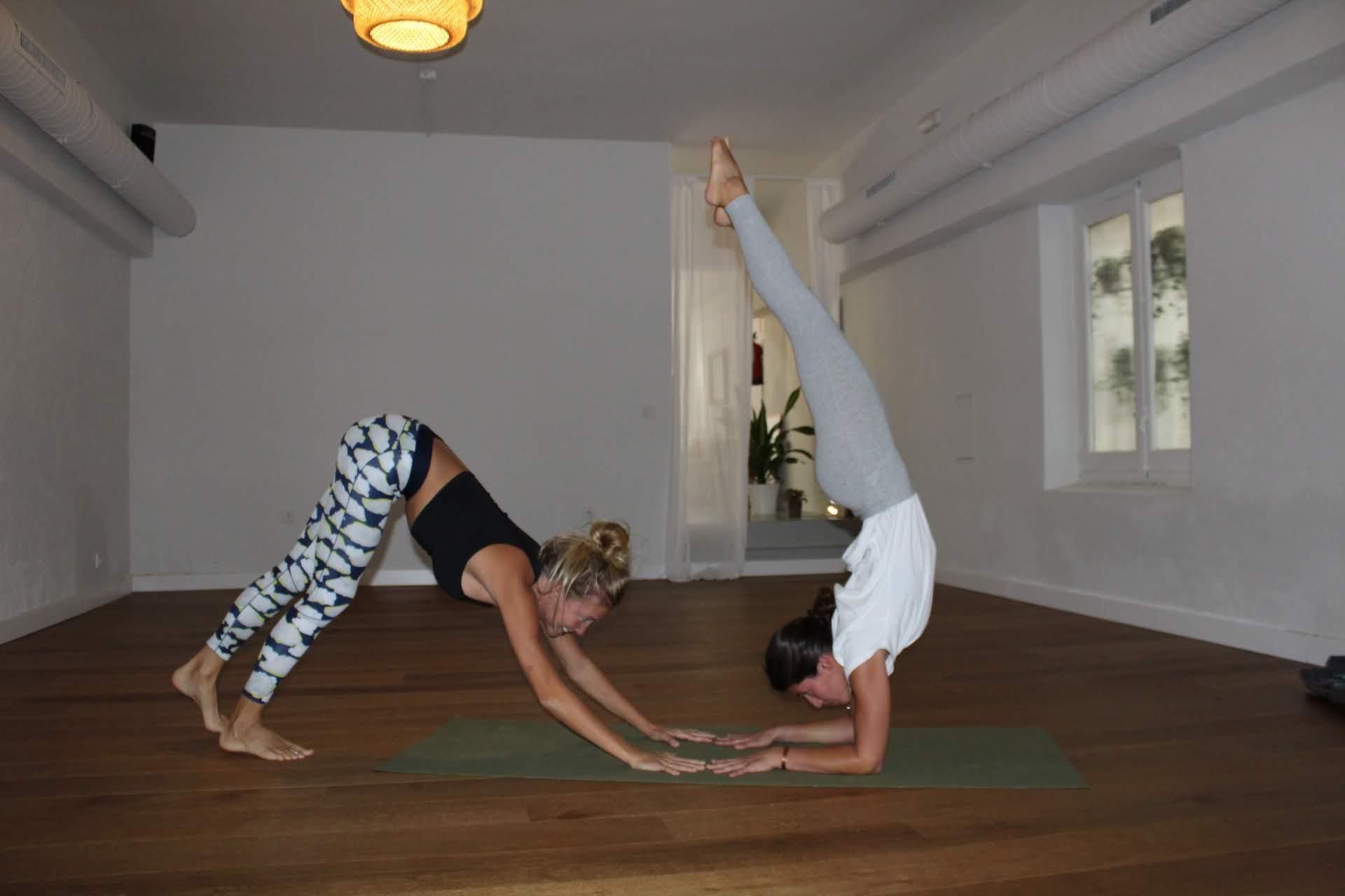 Razones por las que empezar a practicar Vinyasa Yoga